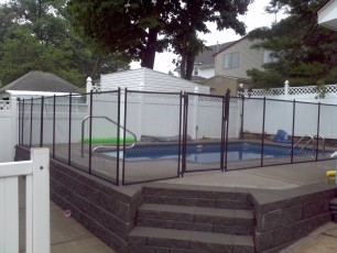 Woodrow Custom Fencing