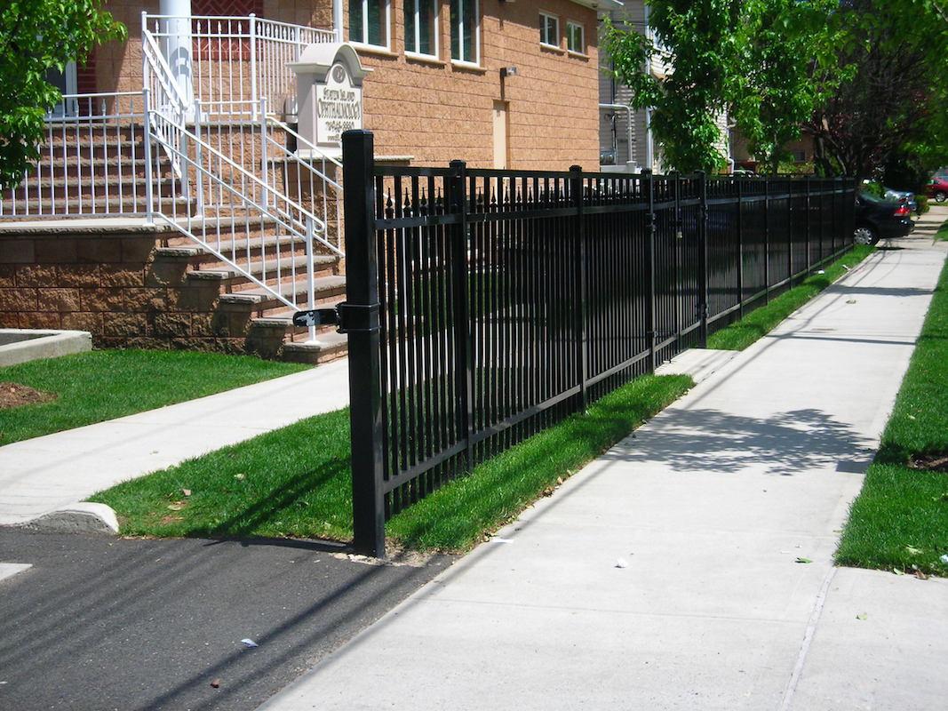 Aluminum Fencing Woodrow Fence Amp Deck Inc