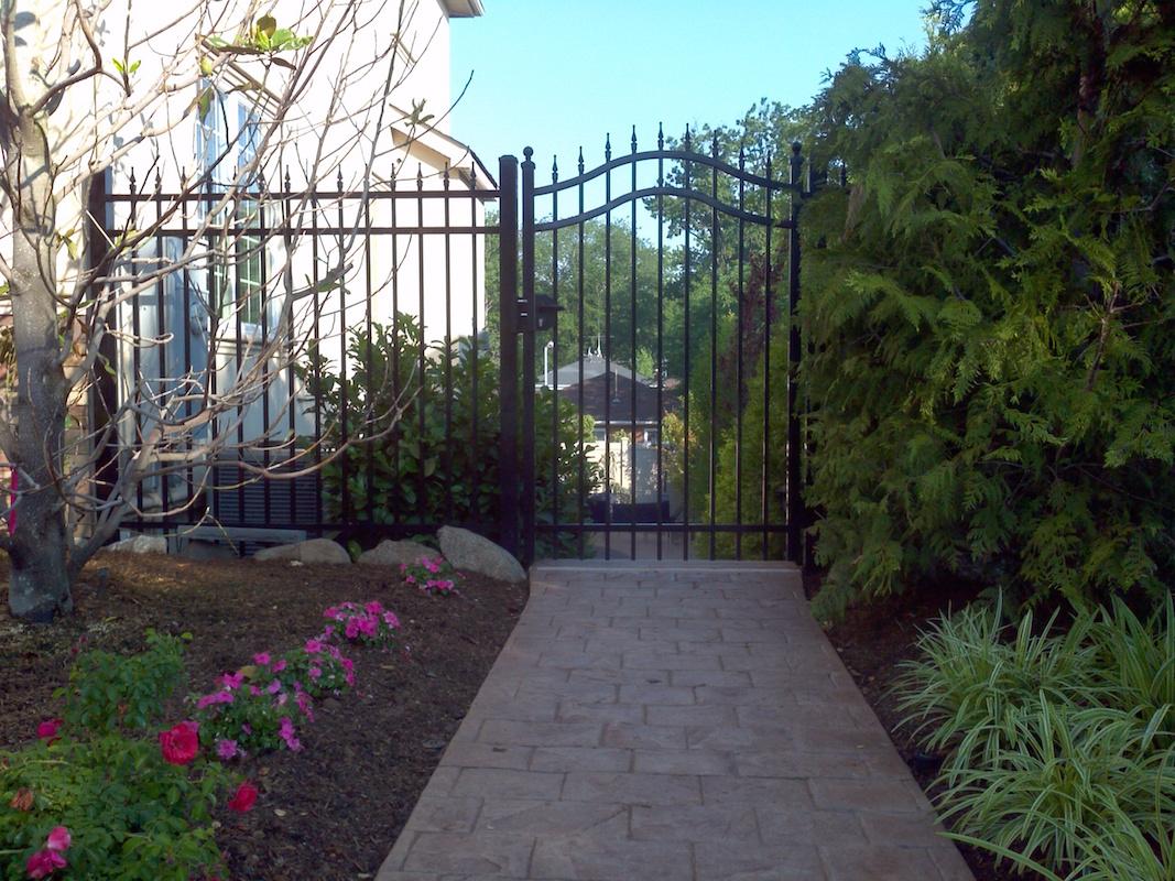 Woodrow Aluminum Fence