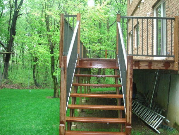 Woodrow Fence & Deck 9